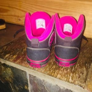 Black and pink converse